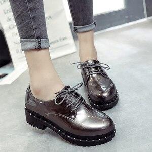 Image 4 - 2018 新スタイル英国リベット小さな靴女子学生韓国語バージョンローファー靴レディースシューズヨーロピアンアメリカンスタイル