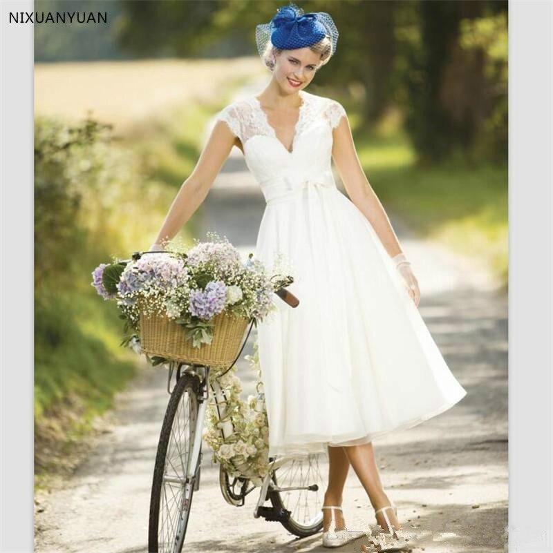 2020 Vintage Lace Short Country Wedding Dresses Cap Sleeve Tea Length Summer Beach Bridal Dresses Sexy V Neck Bridal Gowns