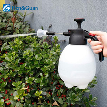 Hon&Guan 2L Pump Action Pressure Water Sprayers, Hand held Garden Mister Bottle for Plant Flowers Watering and Cleaning