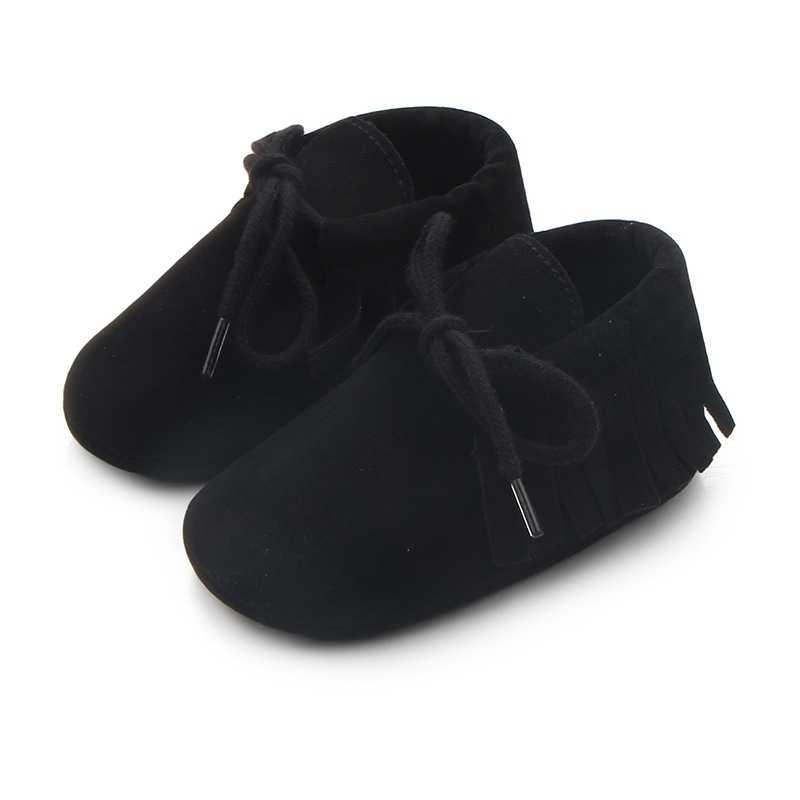 Новорожденных Для маленьких мальчиков Обувь для девочек Мокасины Обувь для малышей на мягкой подошве тапочки Обувь осень Колыбели Обувь из искусственной замши
