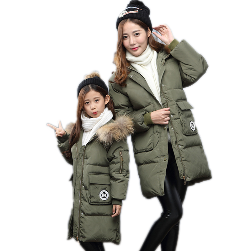 ФОТО 2016 mother and daughter clothes family long girls winter coats hooded duck down children winter jacket matching family clothes