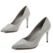 цена на 2019 New High Heels Dress Pumps Shoes For Women Fashion Party Pointed Toe Wedding Thin Heels Shoes Plus Size 34-40  E0022