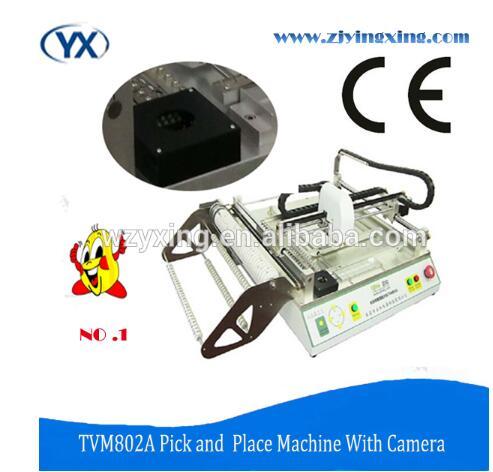 Неуклонно operaring программы светодиодный свет сборки линия компьютер, подключенный Desktop Палочки и место машина надежный печатной машины