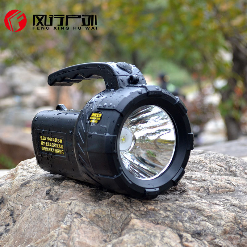 High power portable spotlight lantern searchlight rechargeable waterproof hunting spotlight Built-in battery high power portable spotlight lantern searchlight rechargeable waterproof hunting spotlight built in battery