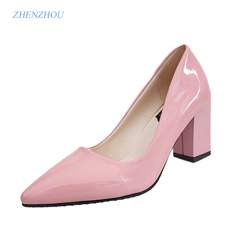 In the spring and fall of 2017, South Korea's version of the new south Korean edition of sexy red wedding shoes, single shoes south park the fractured but whole gold edition цифровая версия