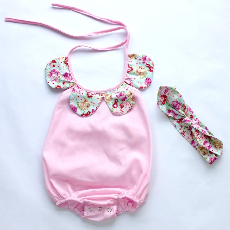 HTB1ag11MpXXXXbFaXXXq6xXFXXXK - 2015New arrival baby toddler summer boutiques baby girls vintage floral ruffle neck romper cloth with bow knot shorts headband