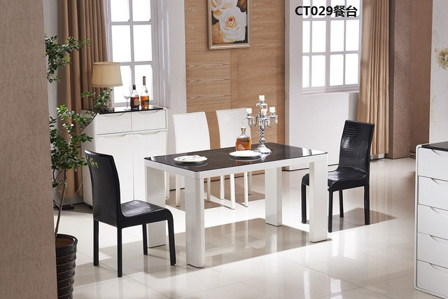CT029 Tempered Glass Surface MDF Baked Varnish Dining Room Furniture  1350x800x750mm Dining Table