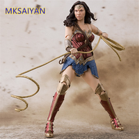 Justice League Wonder Woman Girl Toys for Children Action Figure Play Arts Kai Juguetes Collectible Anime Doll Gift Model Figure