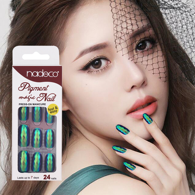 Nadeco Fashion Lozenge Face Adhesive Tabs Chrome Holographic Luxury Press On Nails Tips