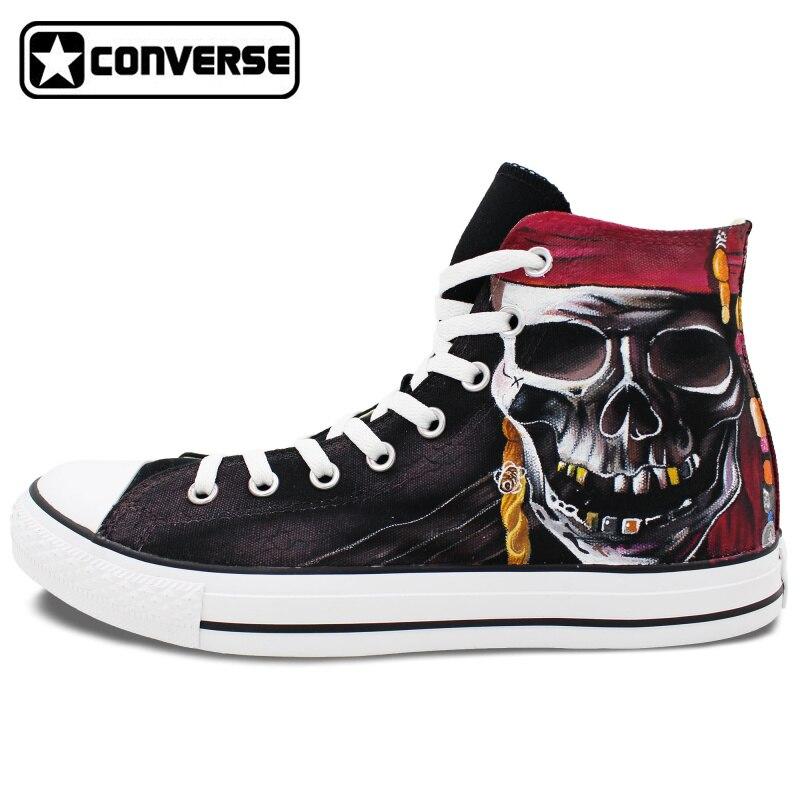 Prix pour Crâne Pirate Conception Originale Converse All Star Chaussures Peintes à la main Personnalisé High Top Toile Sneakers Homme Femme Cadeaux De Noël