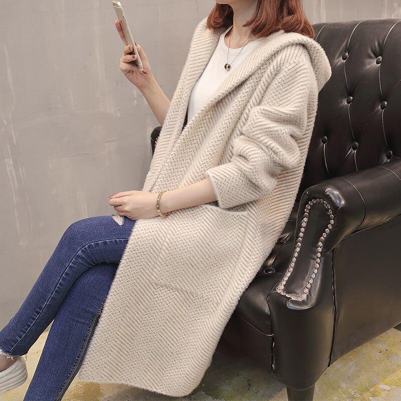 Женский осенний свитер, новинка 2018, стильный свободный свитер в Корейском стиле, длинный вязаный кардиган с капюшоном и длинным рукавом для ... - 2