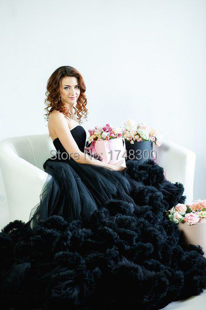 Plus Size Black Ball Gown Luxurious Cheap Wedding Dress Long Train