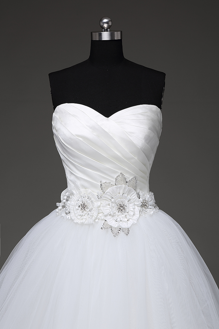 Vintage Sweetheart Tulle Princess Wedding Dress
