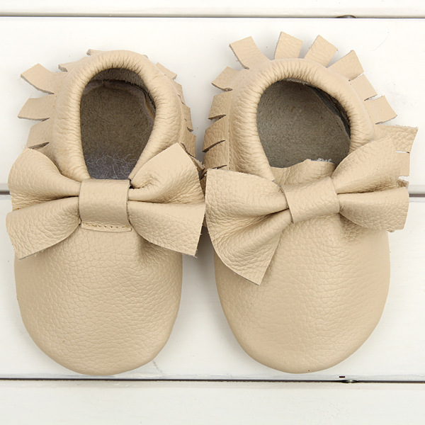 Available in many eye-catching colors and prints, these adorable baby shoes make a great gift for Mother's Day. The moccs run from sizes 0 to 7, and they're true to size, with room to grow.