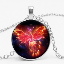 лучшая цена Starry Sky Beast Phoenix Constellation Twelve Gold Saint Seiya Glass Pendant Necklace Children's Classic Comic Memory Gift