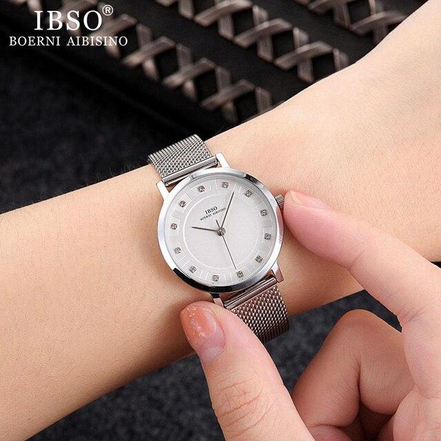Sets of Women Quartz Watch Crystal Design Bracelet Necklace 5