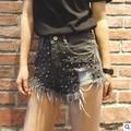 Novo 2017 Moda das Mulheres Do Vintage Borla Rebite Rasgado Buraco Solto Short Jeans de Cintura alta Do Punk Mulher Sexy Denim Shorts Hot C166
