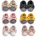 2017 Nova pu Mocassins De Couro Do Bebê Sapatos com Rebite arco Mary jane Sapatos de Bebê meninas bonito Newborn primeiro walker Sapatos de bebê Infantis
