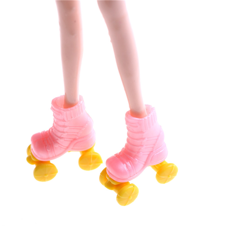 2Pairs Doll Roller Skates For  Dolls Decorative Toy Kids Girls Toy Roller Play Doll Accessories Gift For Kid