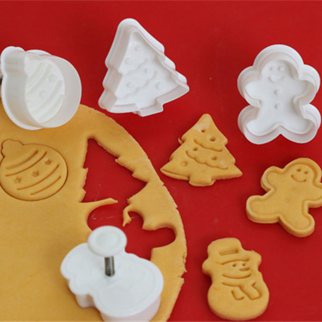 Us 1 48 7 Off 4pcs Cookie Stamp Biscuit Mold 3d Cookie Plunger Cutter Diy Baking Mould Gingerbread House Christmas Cookie Cutters In Cake Molds From