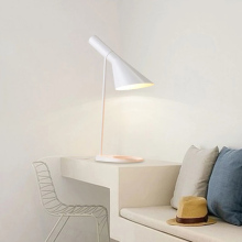 Modern Led simple Table Lamp Northern Europe Bedroom Bedside lamp Art Simple AJ Desk Office Decorate Light Luminaria