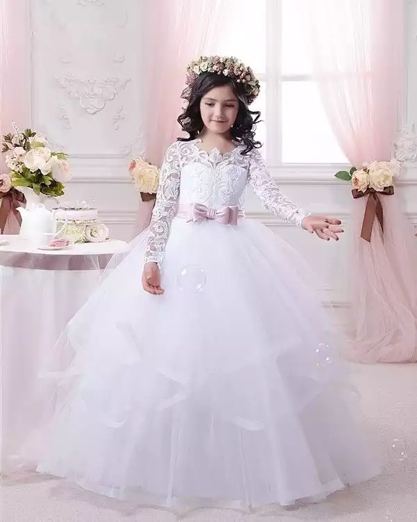 Lovely Scoop Neck Lace Applique Soft Tulle   Flower     Girls     Dresses   With Covered Button Back Little   Girl   Party Gown With Bow Sash