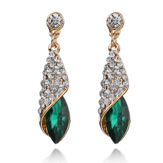 New Water Drop Temperament Rhinestone Drop Earrings Persomality Trend Women Drills Brincos Earrings Bijoux Jewelry Gift E5293