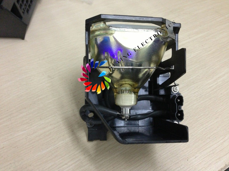 free shipping TV lamp 915P028010 with housing for WD62526 / WD62527 / WD62528 irit ir 1119