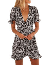 Summer Black and White Sweet Girl V-neck Short-sleeved Dress 2019 New Bohemian Refreshing Casual Sexy Club Party