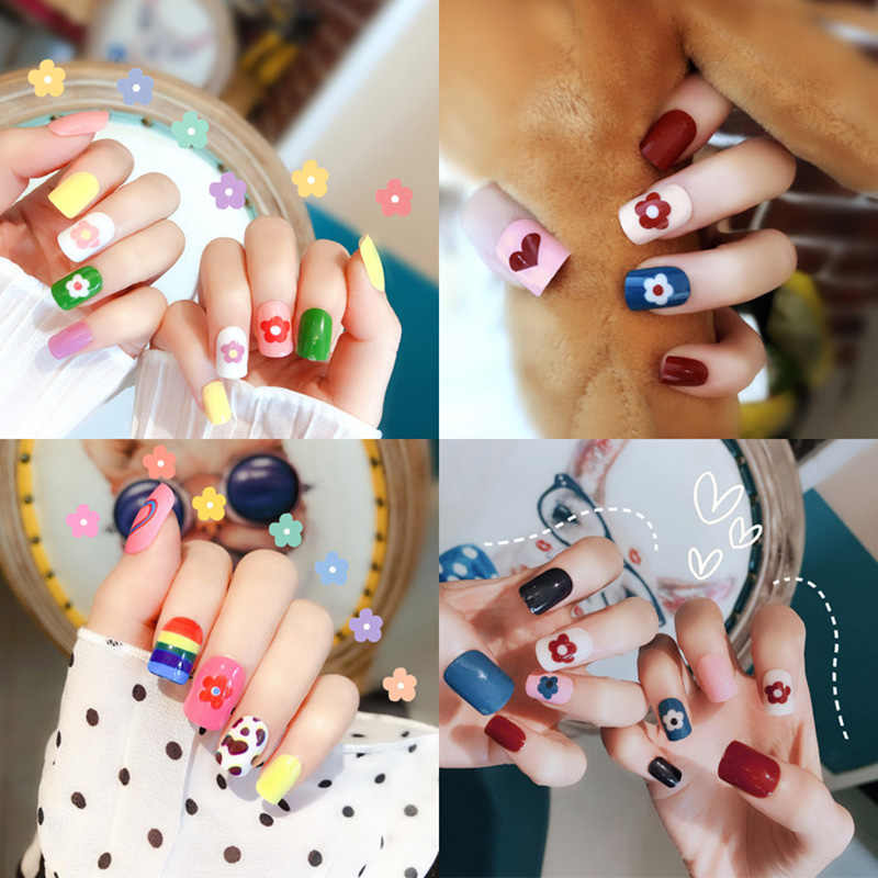 High quality luxurious look Fake Nails Fashion/Cute Patch 24 Piece perfect choice for Wedding Birthday Party Women and Girls