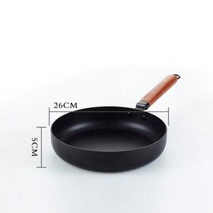Image 2 - Keelorn 26 см высококачественные шлепанцы; горячая Распродажа Новая модная сковородка для жарки с антипригарным покрытием чугунная сковорода Многофункциональный ВОК