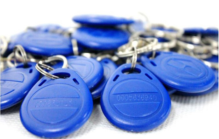 100pcs/Lot RFID Proximity Rfid Tag Key Rings 125Khz Smart Card Blue Yellow Red turck proximity switch bi2 g12sk an6x