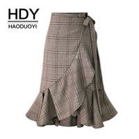 HDY Haoduoyi Mulheres Saias Xadrez Plissado Hem Babados Coreano Moda Casual saia Assimétrica Irregular Inferior Primavera Verão Novo