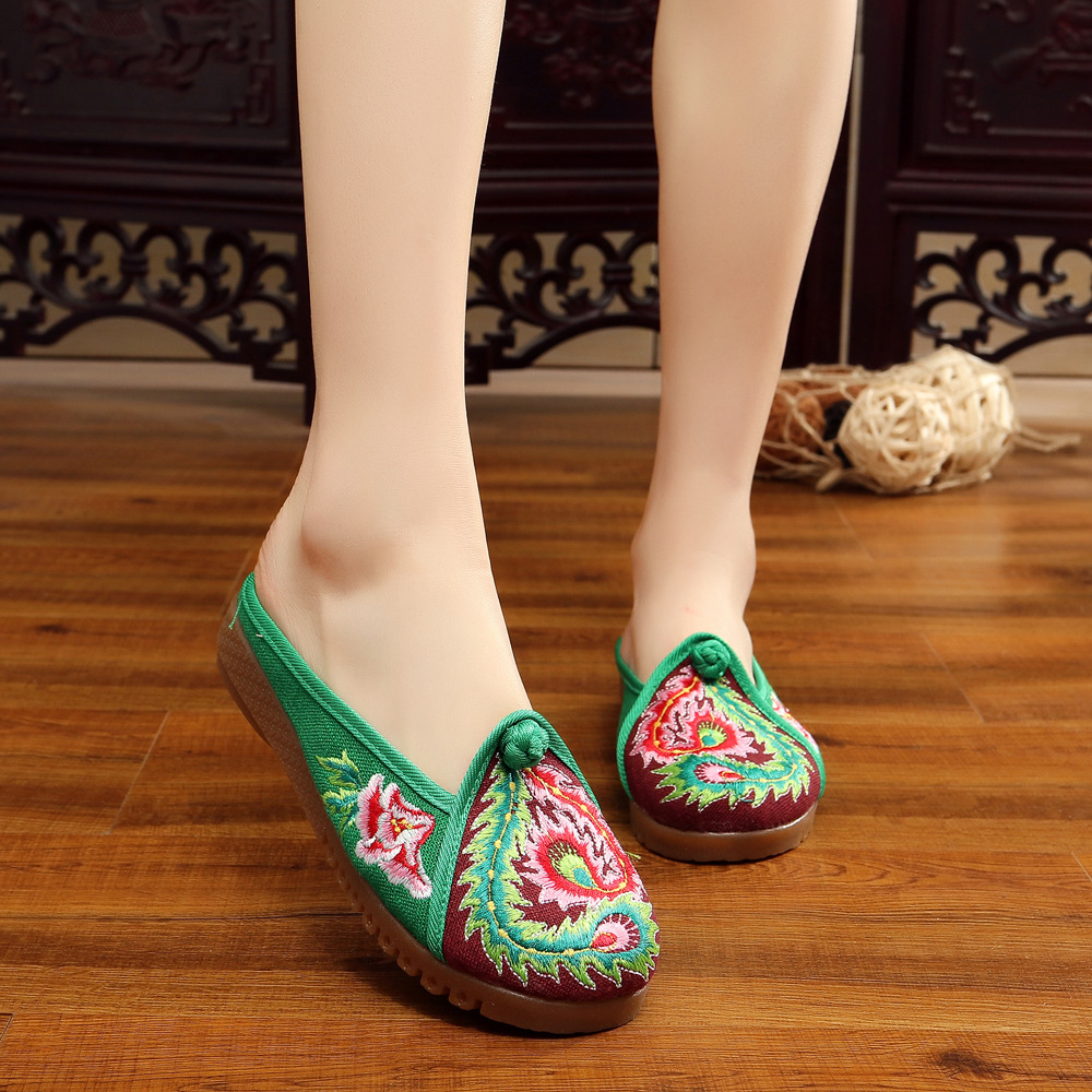 2017 Old Beijing Embroidered Women Shoes Mary Jane Flat Heel Denim Chinese Style Casual Cloth Plus Size 5colors Shoes Woman plus size 41 fashion women shoes old elegant art party beijing mary jane flats with casual shoes chinese style embroidered clo
