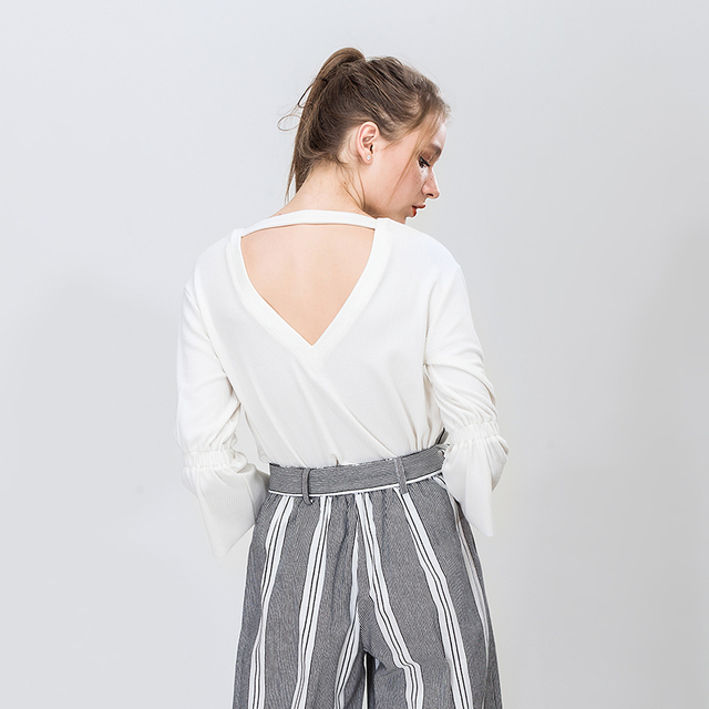 Elastic Flare Sleeve Deep V-neck Sexy Backless White Bace Women Tops Fashion