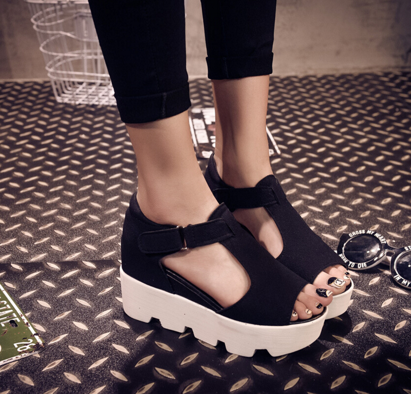 Summer in the new European American fashion fish mouth peep-toe with sponge thick bottom flat with female sandals casual shoes  han edition diamond thick bottom female sandals 2017 new summer peep toe fashion sandals prevent slippery outside wear female