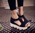 Verão na nova Europeu Americano moda peixe boca peep-toe com esponja fundo grosso plano com sandálias femininas sapatos casuais
