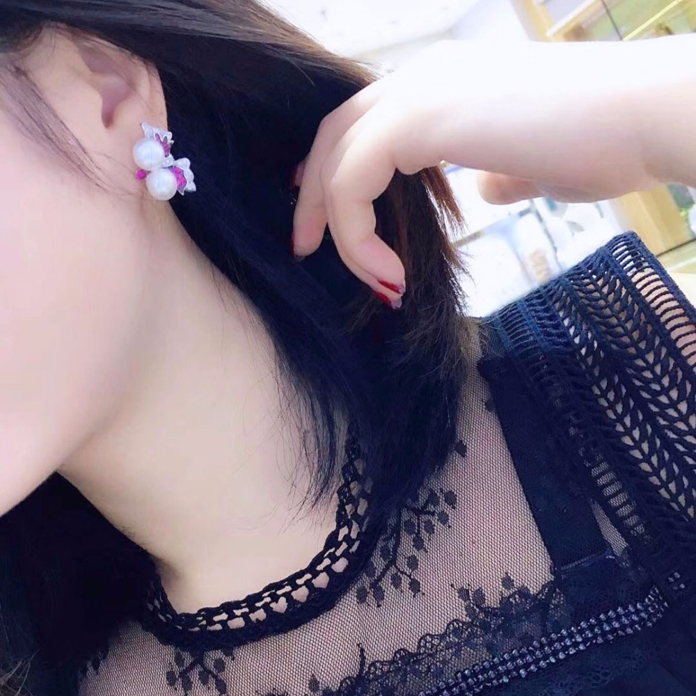 Qi Xuan_Jewelry_New Earrings Butterfly Earrings S925 Silver Inlay Zircon Elegant And Irregular Irregular_Factory Direct SalesQi Xuan_Jewelry_New Earrings Butterfly Earrings S925 Silver Inlay Zircon Elegant And Irregular Irregular_Factory Direct Sales