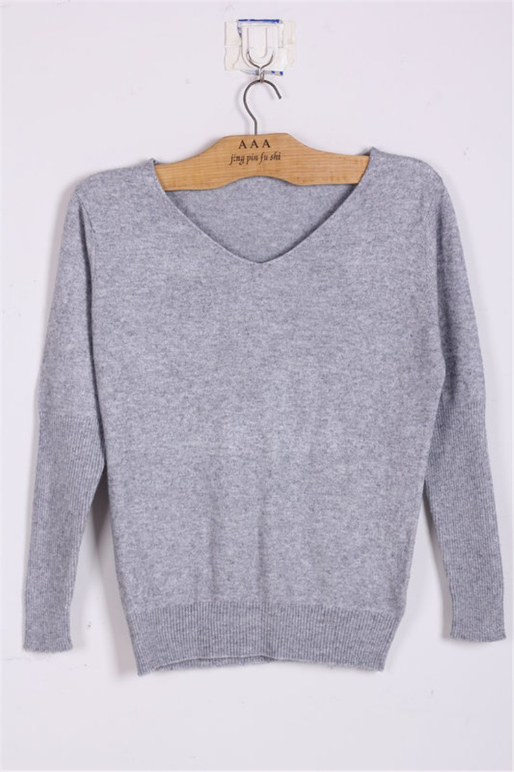 19 Spring autumn cashmere sweaters women fashion sexy v-neck sweater loose 100% wool sweater batwing sleeve plus size pullover 12