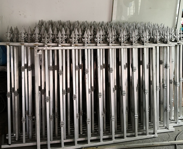 Hench 100% Handmade Forged Custom Designs High Quality Aluminium Garden Fence  Designs Hc-af1