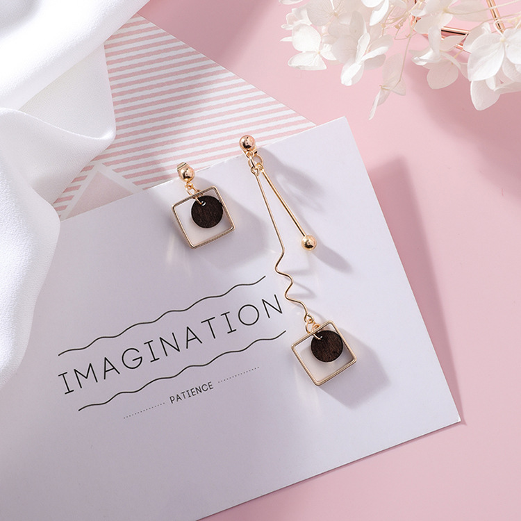 18 Asymmetry AB Style Wave Chain Geometric Earrings Alloy Square Wooden Wafer Pendientes Mujer Vintage Drop Earrings 5