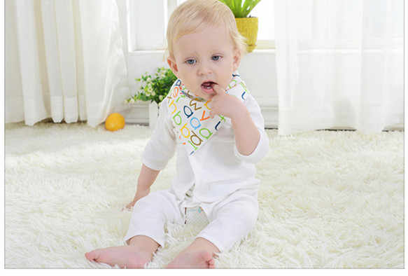 Baberos triangulares de algodón para bebé recién nacido babero bandana Babe garcon babero personalizado bufanda para bebé bandana babero provecho paños babet