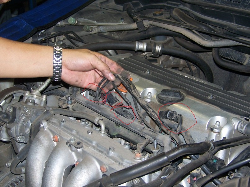 fuel injection connector location