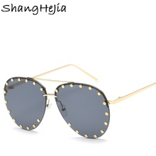 Brand Metal Rivet Aviation Sunglasses Women Punk Sun Glasses