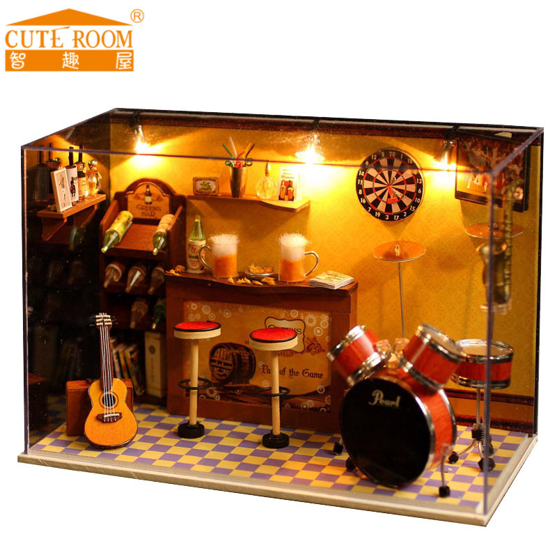2016 New Sale Home Decoration Crafts Wooden Doll Houses Miniature DIY Doll House Furniture bar Room