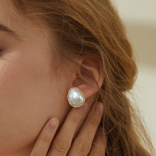 SEVEN GIRL Fashion Stud earring Baroque Freshwater pearl earrings jewelry handmade earrings for women Party wedding(China)