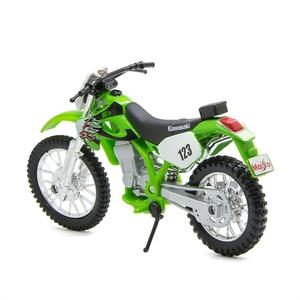 Image 4 - Maisto 1:18 Motorcycle Models Kawasaki KLX250SR KLX Diecast Plastic Moto Miniature Race Toy For Gift Collection