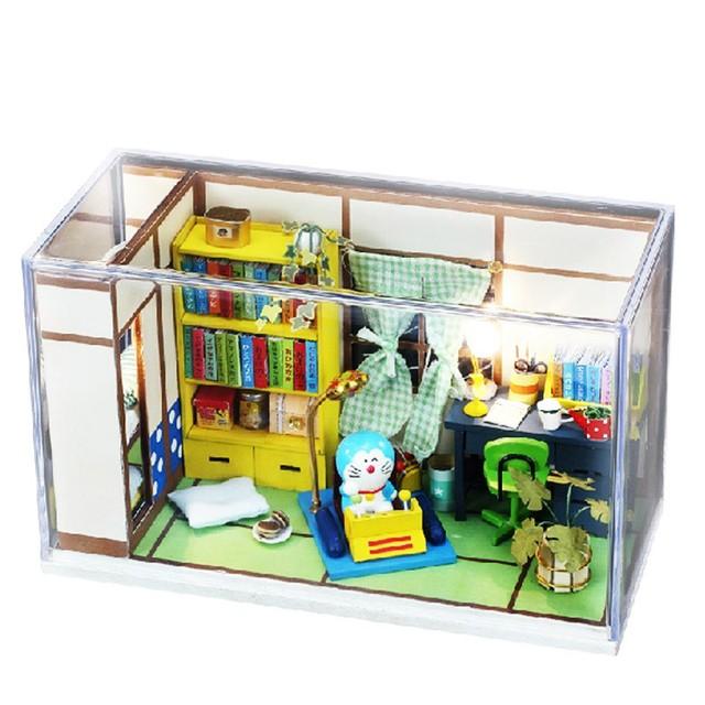 Presentes Nova Marca DIY Casas de Boneca Casa De Boneca De Madeira Unisex Crianças Mobília Brinquedo casa de bonecas Em Miniatura artesanato-o Sonho de Dora