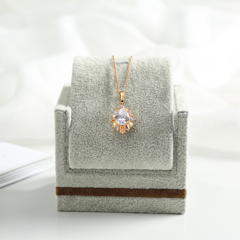 ANFEI New Arrival Necklace/Pendant Stand Holder Sofa Shape