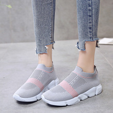 2019 mesh fashion casual shoes womens new trend breathable lightweight running flat women
